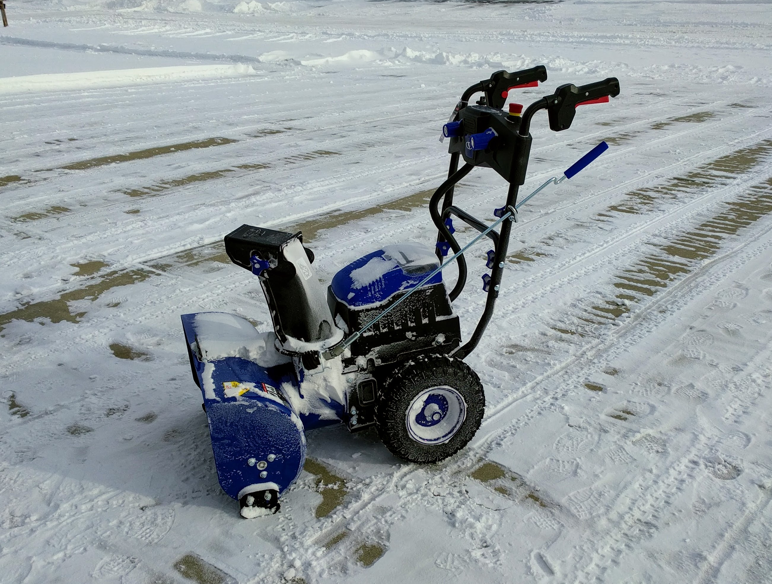 Powered By Battery Review Snow Joe 2 Stage 80v Cordless Snow Blower